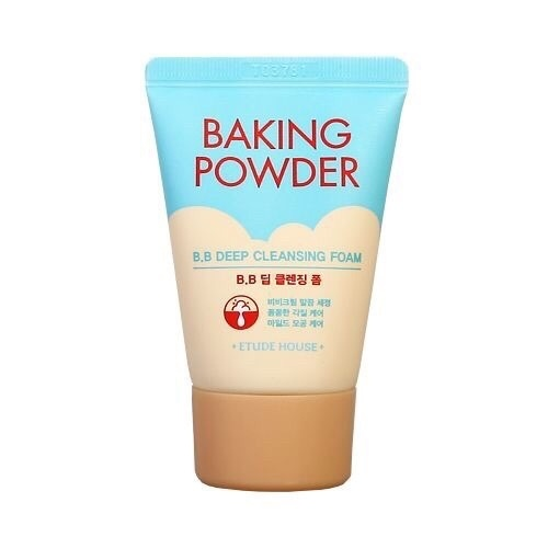 Пенки для умывания Etude House Baking Powder B.B Deep Cleansing Foam.